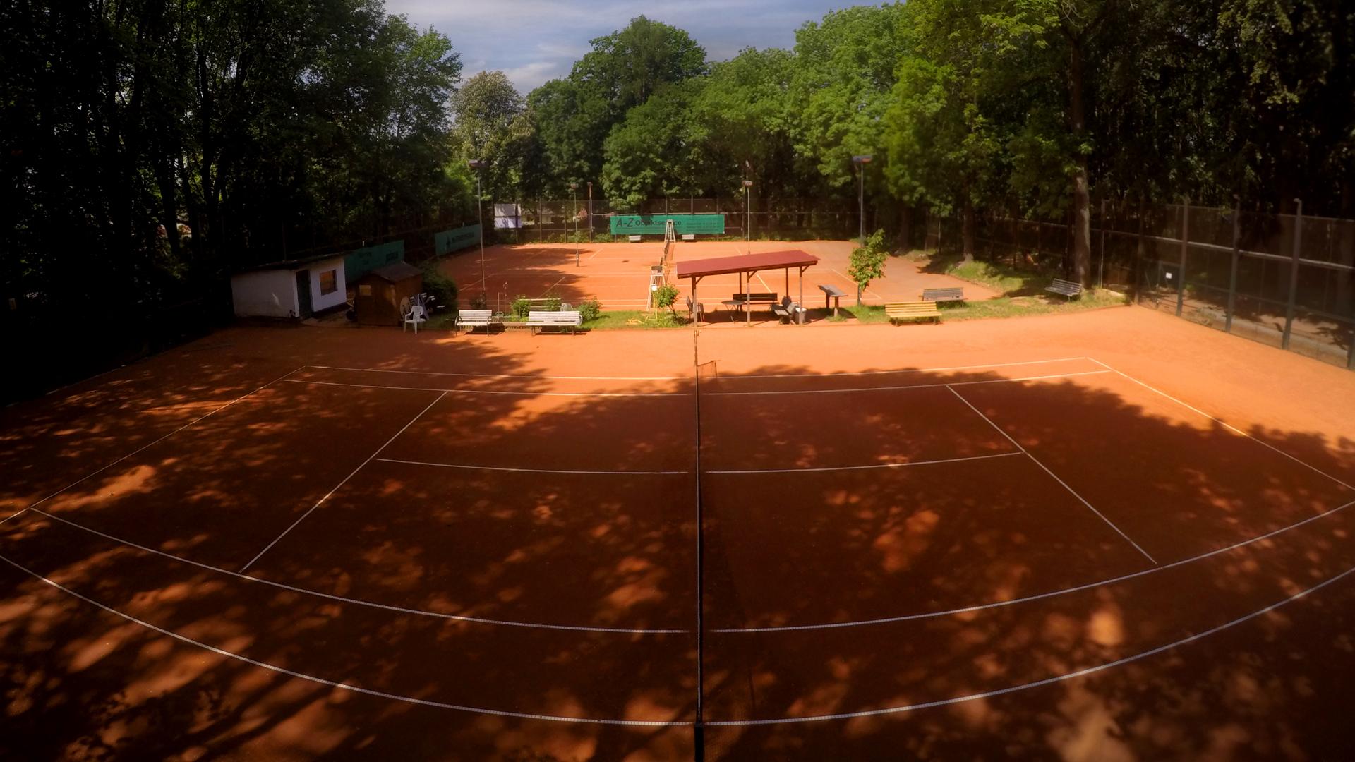 TC-Medizin-Berlin-Buch-tennisplatz-ABC00gp
